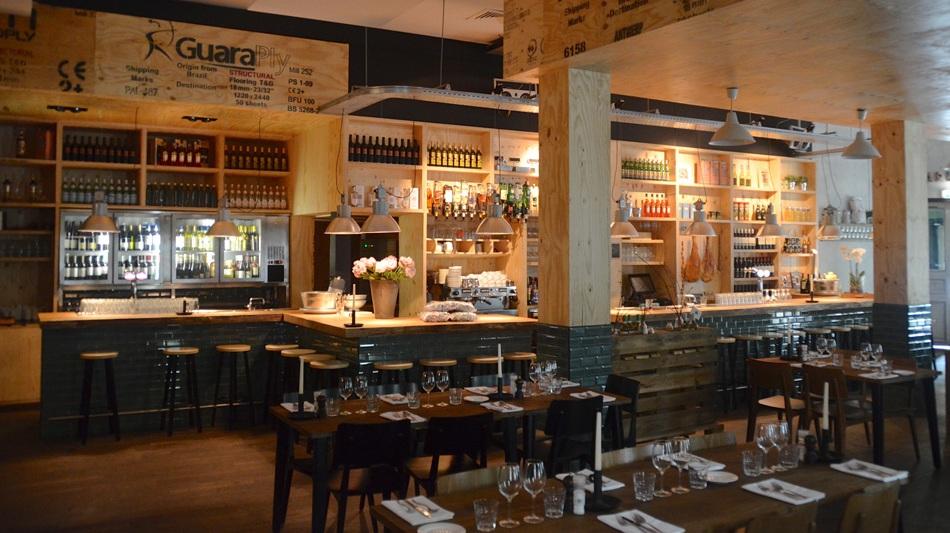 Very macaroni travel hotspots en meer for Interieur restaurant